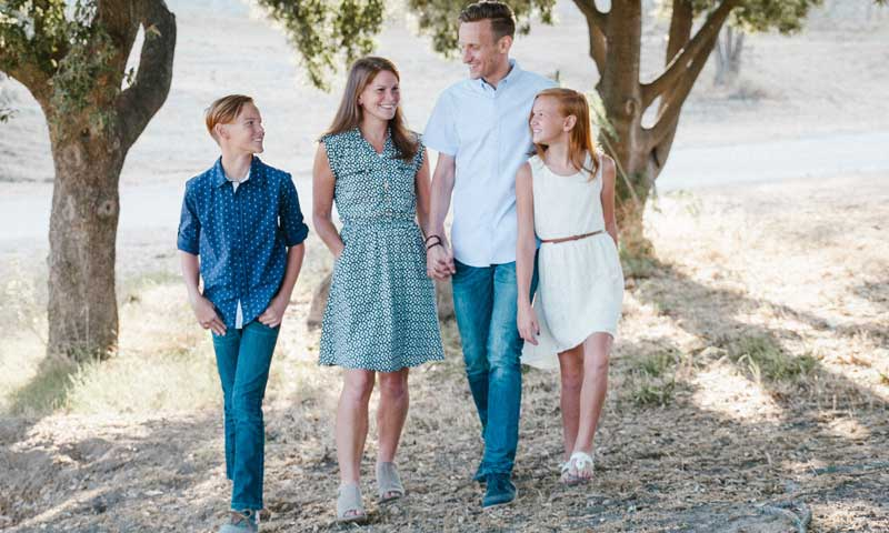 Laura FItzgerald and Family in Professional Photo